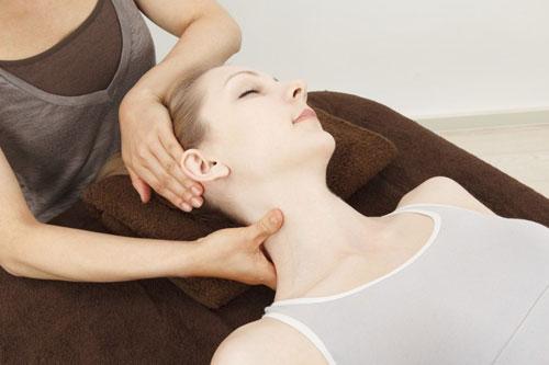 Тремор головы: причины развития заболевания, методы лечения и диагностики